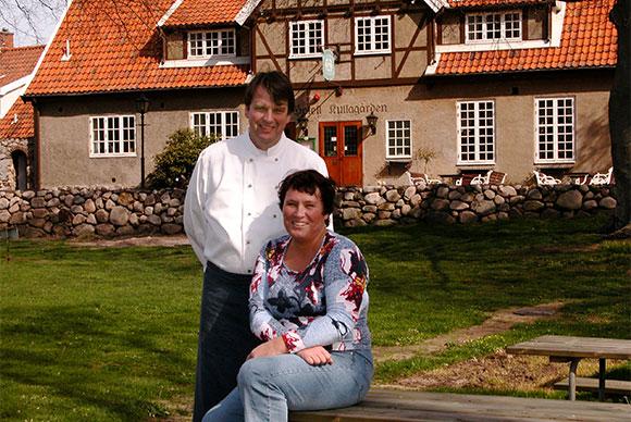 Lasse och Tina Kjellberg , det trivsamma krögarparet på Kullagårdens Wärdshus.